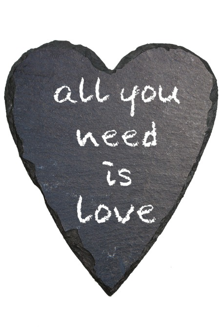 all-you-need-is-love-194916_1920
